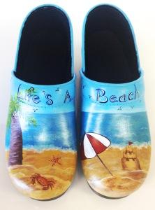 BeachCustomClogs4